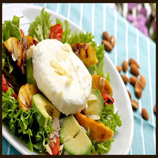 Healthy salad preparation