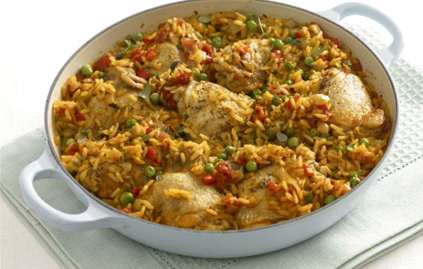 Recipe: Simple arroz con pollo - Always Foodie
