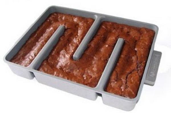 Baker's Edge Brownie Pan