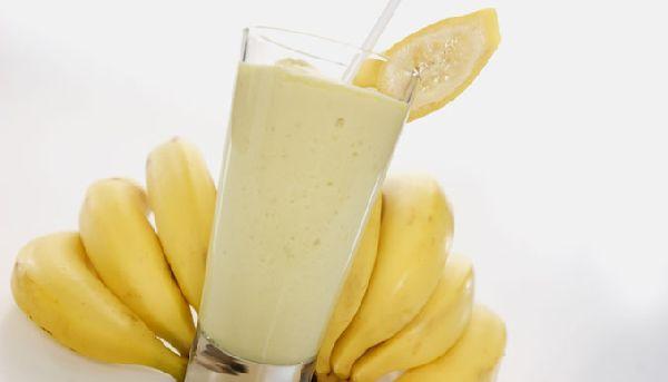 banana_split_smoothie_u8qyw.jpg