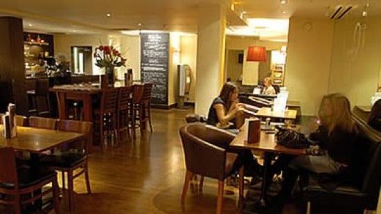 Bar in an authentic restaurant in Wimbledon