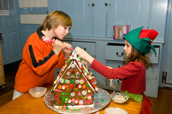 Gingerbread house: Step by step tutorial