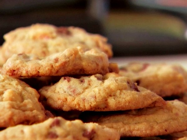 Hazelnut-Butter Cookies With Mini Chocolate Chips Recipe — Dishmaps