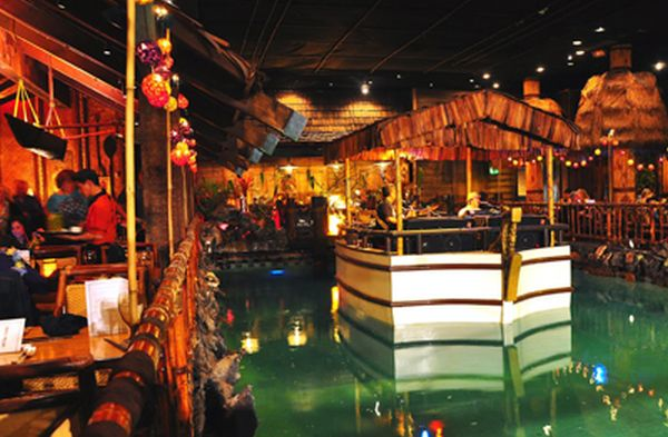 3370-3371_San-Francisco-Tonga-Room-THUMB