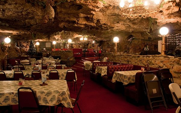 The Cave Restaurant and Resort, Richland