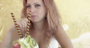 lady eating Gelato