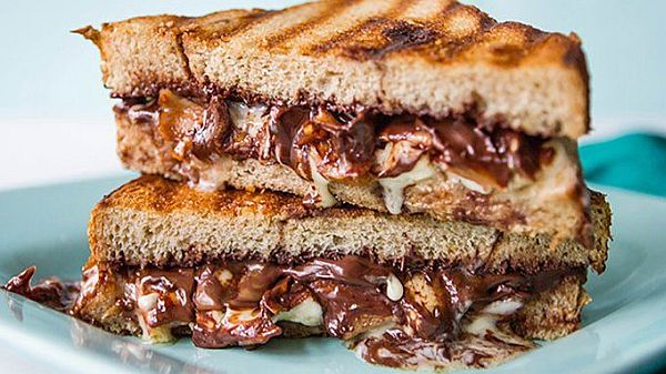 chocolate grilled sandwich