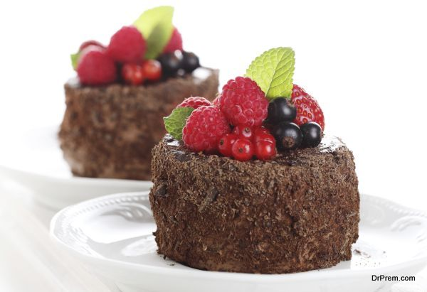 beautiful chocolate cake with fresh berry