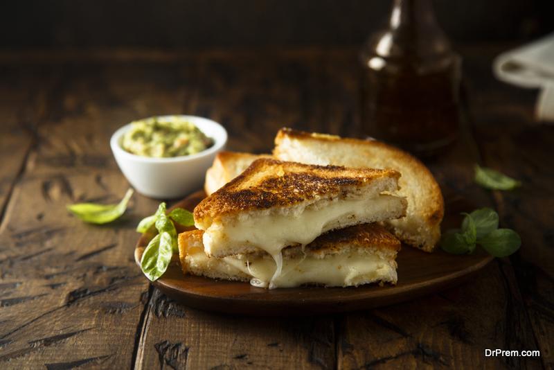 Keto-Cheese-Toast